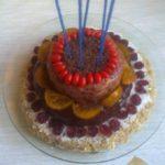trietajna-surova-torta